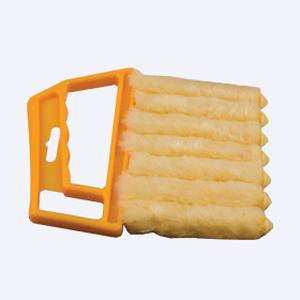Щётка для чистки горизонтальных жалюзи - цена за 1 шт